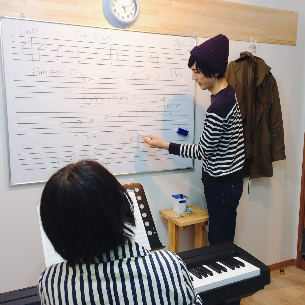 ピアノ教室レッスン風景